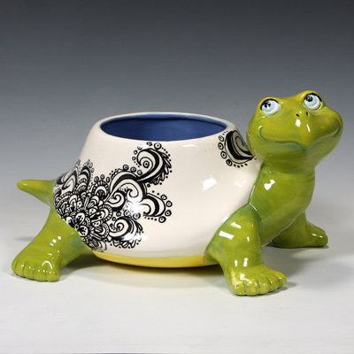 Mayco Bisque FPGrooveyTurtlePlanter